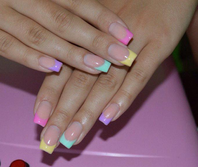 Разноцветный длинный френч Цветной френч на ногтях: модные варианты (ФОТО)