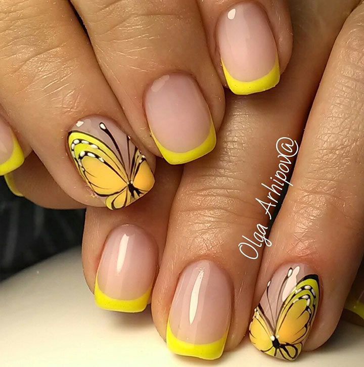 Желтые ногти и бабочки