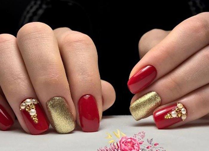 Красно-золотой маникюр