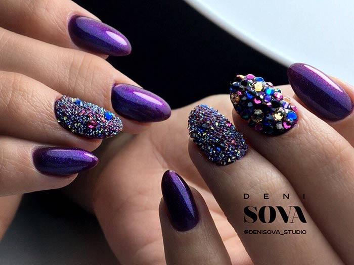 Модный и эффектный дизайн острых ногтей