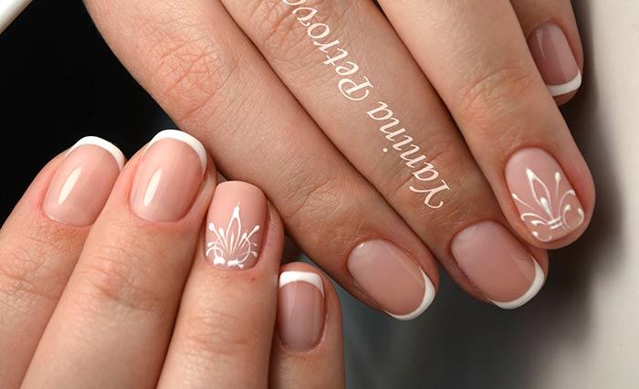 На френче Вензеля на ногтях: красивые узоры пошагово