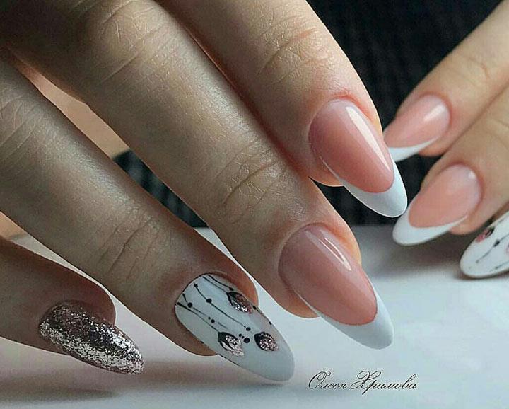 Дизайн на безымянном пальце и мизинце