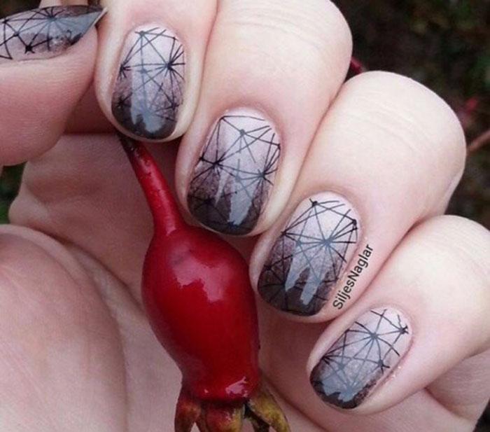Паутина на ногтях