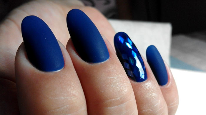 Фольга Изысканный темно-синий маникюр
