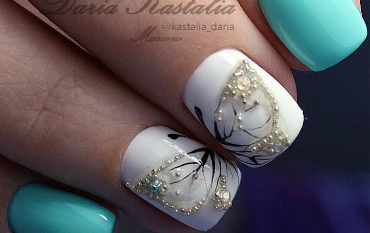 Маникюр бабочки