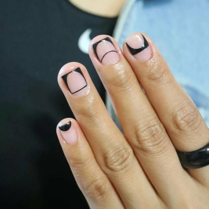 широкие ногти геометрия