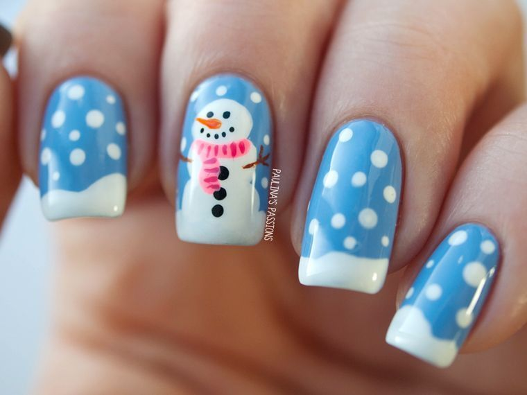 маникюр со снеговиком