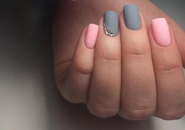 серо-розовый гель лак